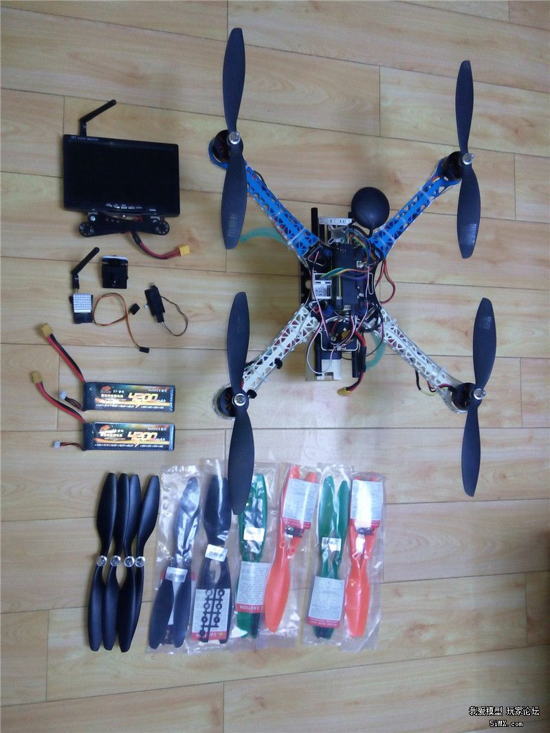 s500四轴-f4006电机-apm飞控-图传和显示器!