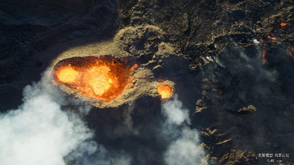 Piton-de-la-fournaise-volcano-by-DroneCopters.jpg