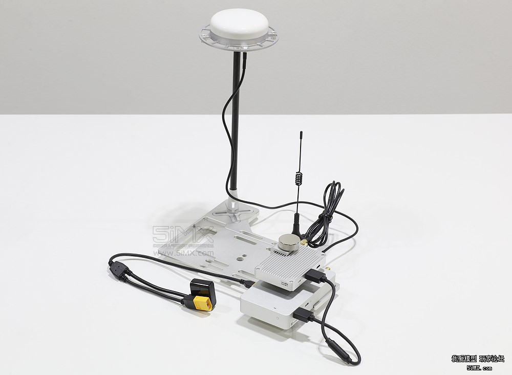 rtk系统用电台通信,只有一根天线,插基准站好还是移动