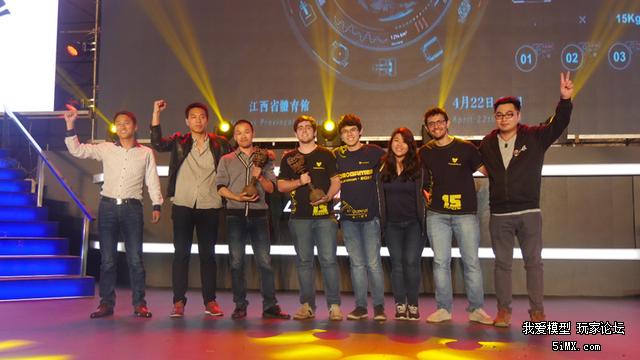 FMB无限制机器人格斗世界杯热身赛 中国机器人夺冠