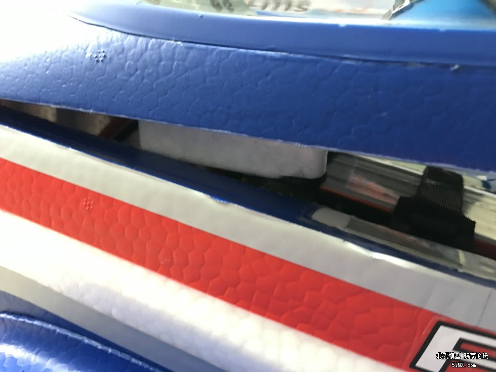 FMS的大F3A电池安装和舵面变形问题