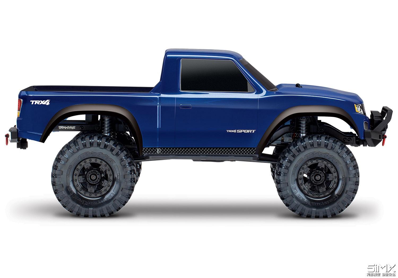 82024-4-TRX-4-Sport-BLUE-sideview.jpg