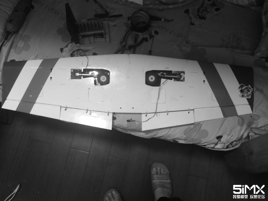 Hobbyking(中航)的L-39飞机90涵道改80飞 12.30更新