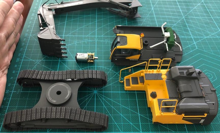 5iMX模友的1:50工程小队 静改动 之 CAT 330D 挖掘机【改装鉴赏】